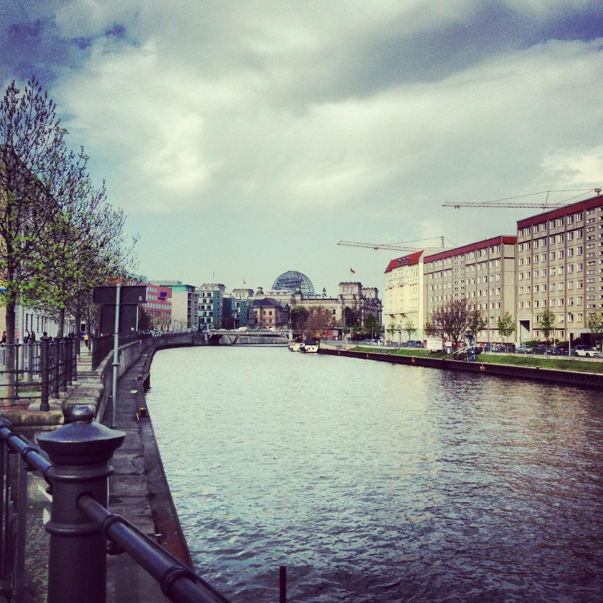 Blick auf das Regierungsviertel Berlin