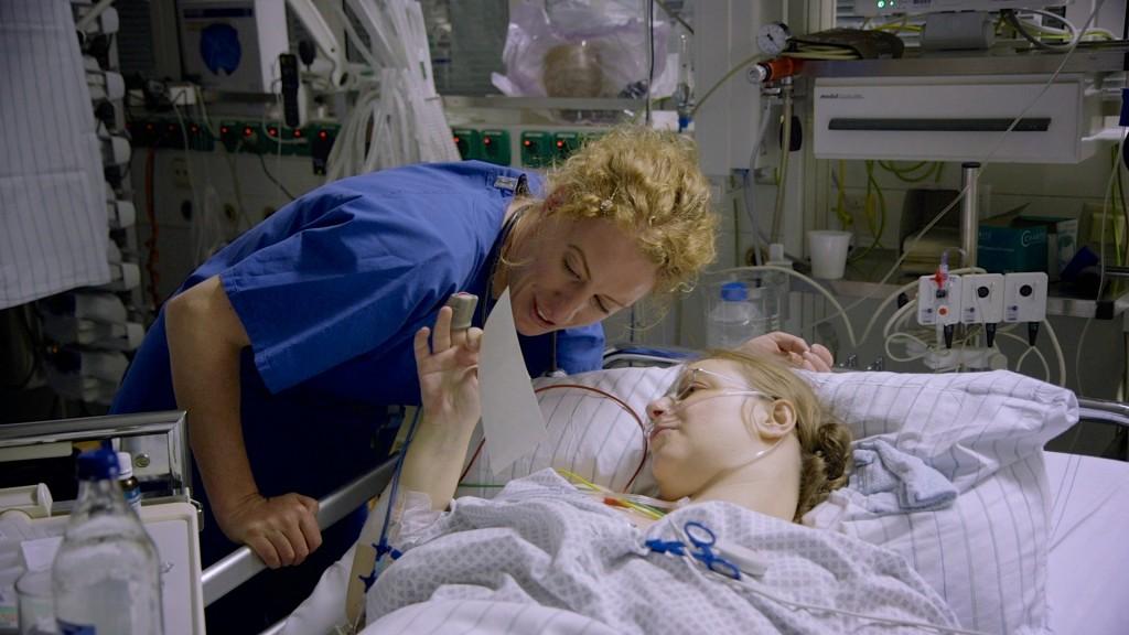 Dr. Kämper mit Patientin