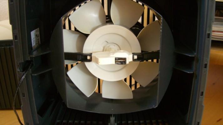 Innerer Ventilator von unten im Luftwäscher LW 25