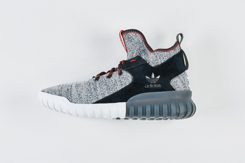 RS106239_Foot Locker x It Must Be February_adidas Tubular X Knit-lpr